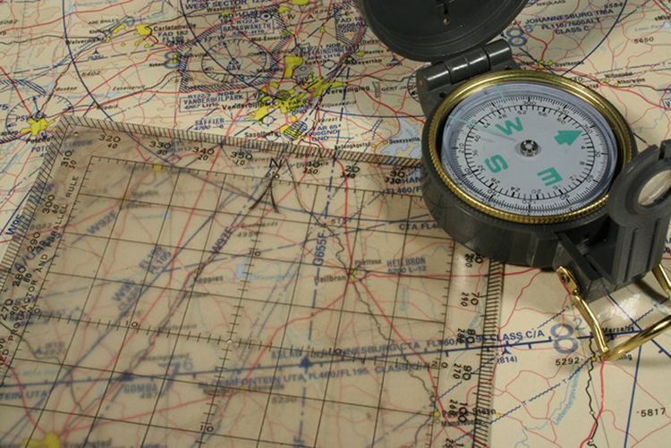 How to Use a Lensatic Compass – Guide on Finding Your Way in Nature