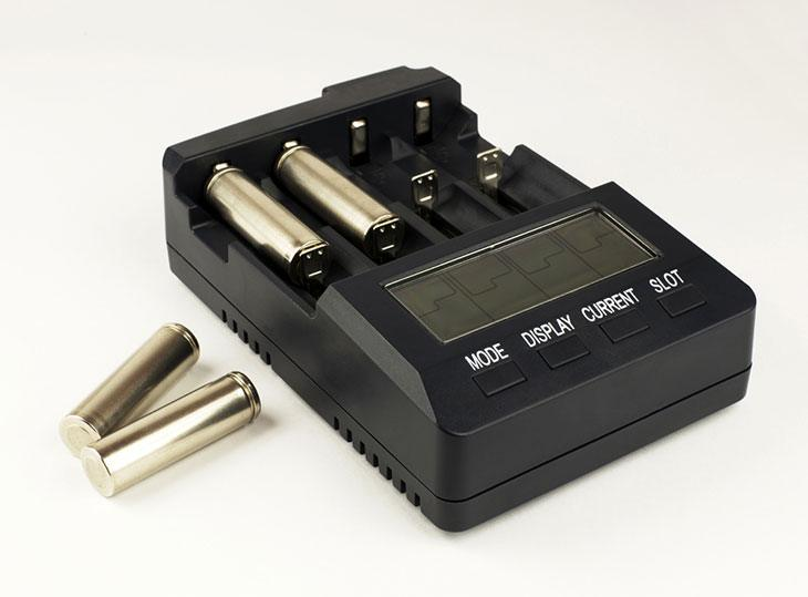 best 18650 battery and charger for flashlight
